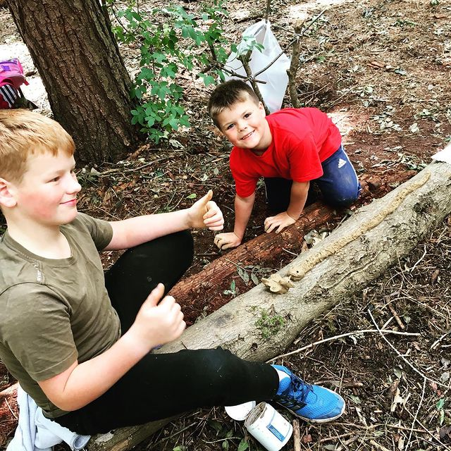 Forest School Holiday Club session mentored by Dee Heyward-Ponte