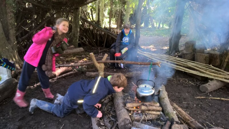 Live on the Wild Side! AlfresGo Survival Course block mentored by Oli Hawksworth