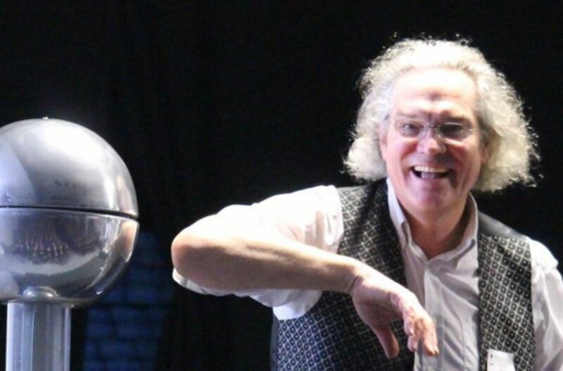 Spring into Science : Brighton Science Festival block mentored by Ian Dunne
