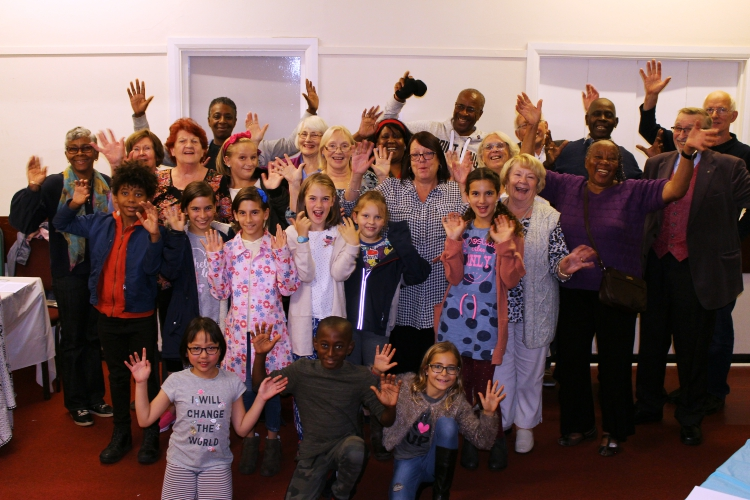 Intergenerational Theatre Class session mentored by Ros Parker