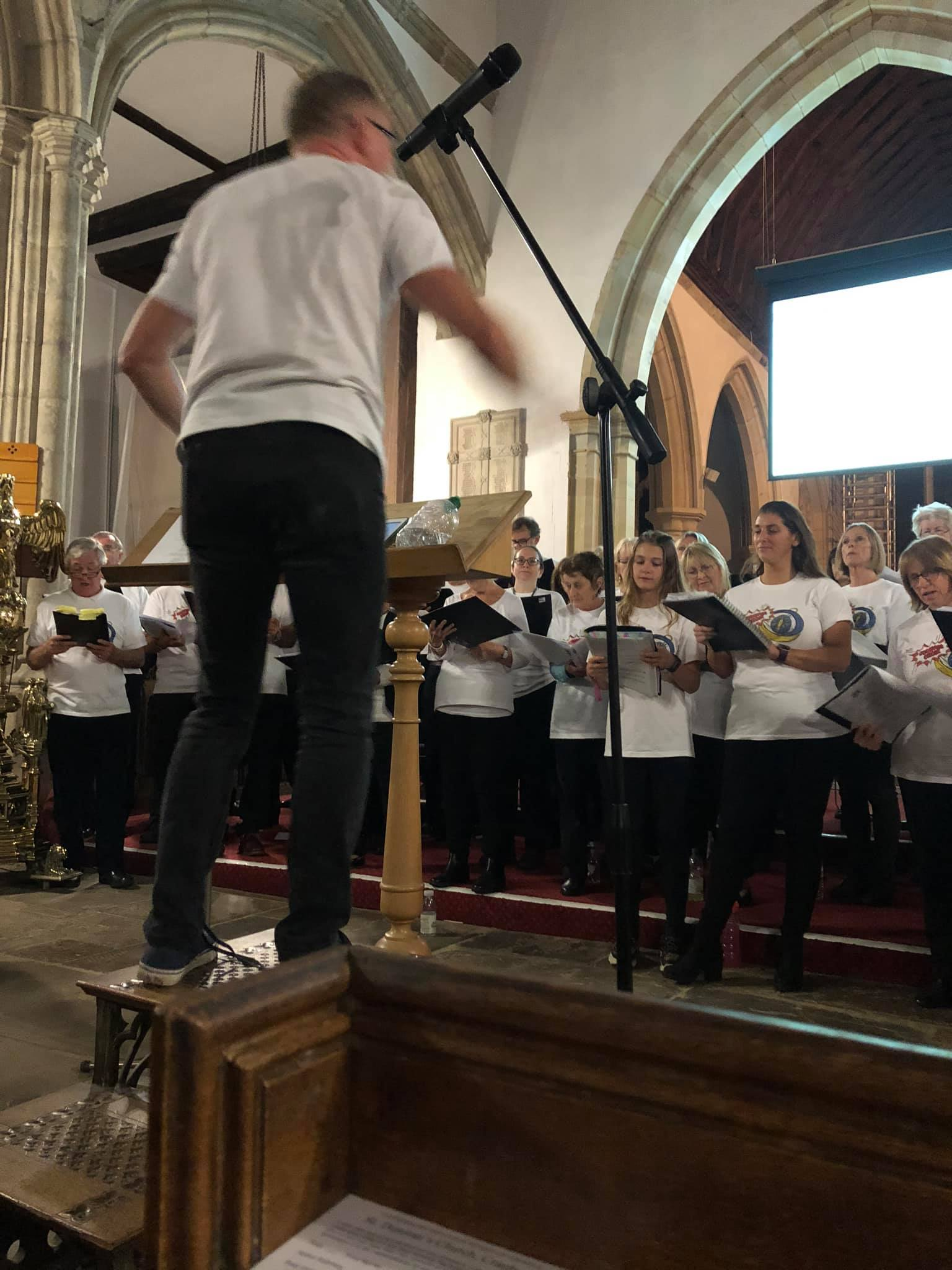 Uckfield Choir with Ginge and Tim workshop mentored by Ralph Millington
