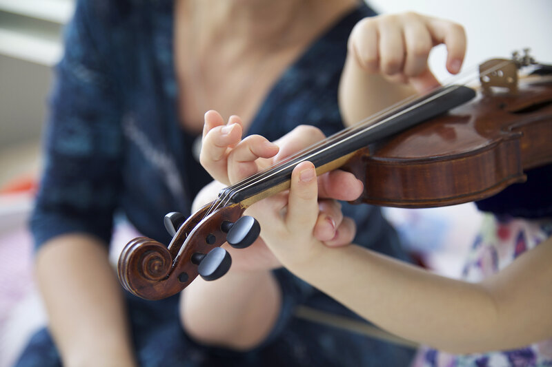 Violin lesson and String Group sessions: Suzuki and Galamian method block mentored by Laura Bryer