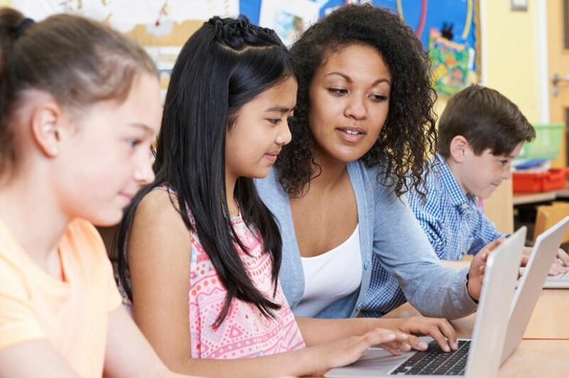 Private 1:1 Children's TouchTyping block mentored by Juunipa Tutors