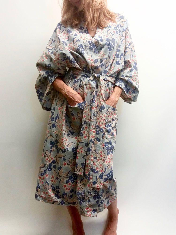 Kimono Style Robe Workshop workshop mentored by Kat Neeser