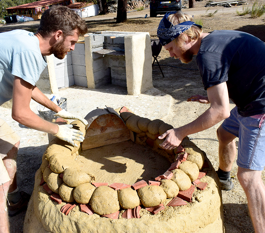Earth, Clay + Sand for Natural Building camp mentored by Ed Dale-Harris